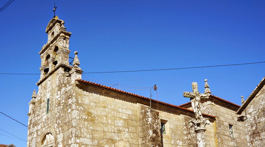 Iglesia Parroquial de San Juan - Visit O Salnés ®