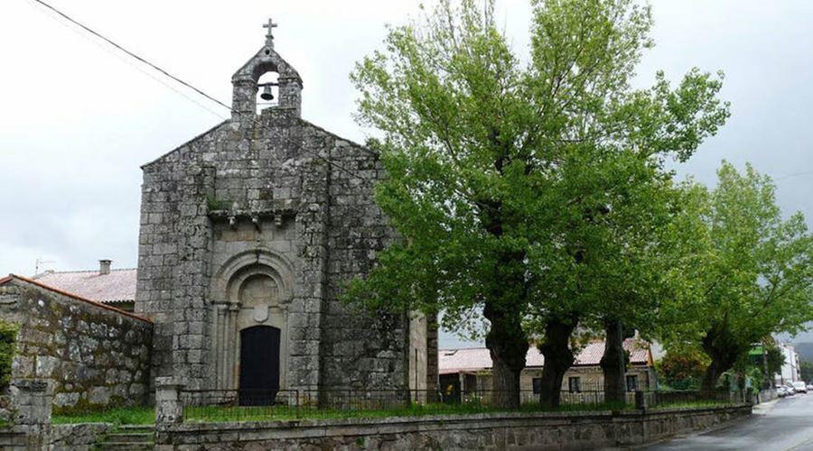 Iglesia Santa María de Mosteiro - Visit O Salnés ®